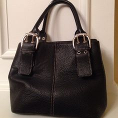 Bag Small bag,used lightly,excellent condition Tignanello Bags Mini Bags