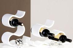 """Porte bouteilles original """"Courbe"""" Couleur blanche http://deco-maison-fr.com/article/202/porte-bouteilles-original-courbe-couleur-blanche#"""