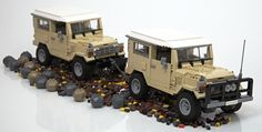 Super realistic LEGO Toyota Landcruiser 40 Series... - The LEGO collection