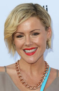 Kathleen Robertson, Hildy (Murder in the First), born 7/8/1973