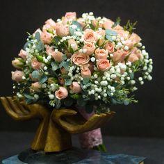 """Свадьба / Букеты невесты / Розовый букет невесты из роз """"Подарок вечности"""""""