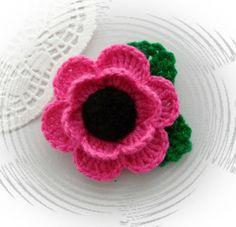 HAND CROCHET BROOCH APPLIQUE PINK ACRYLIC FLOWER POPPY FLOWER | eBay