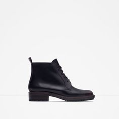 ZARA - WOMAN - FLAT ANKLE BOOTS WITH LACES