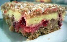 Celozrnný koláč s ovocem a tvarohem