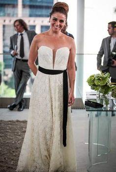 Soap opera modern bride