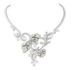 06_Van-Cleef-Arpels_Romantic-Flowers-necklace_Le-Bal-Proust_BD.jpg