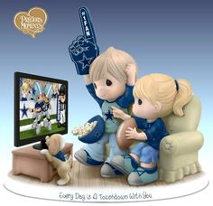 Sports Dolls and Figurines - Precious Moments Every Day Is A Touchdown With You Cowboys Figurine