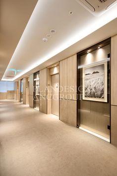 플랜디자인 Lobby Design, Hall Design, Door Design, Corporate Office Design, Modern Office Design, Commercial Interior Design, Commercial Interiors, Hotel Interiors, Office Interiors