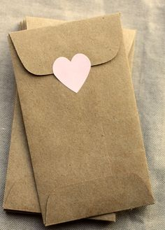 coin envelopes for small gifts like handmade jewelry,candy,I love you messages,buttons,etc Coin Envelopes, Paper Envelopes, Kraft Envelopes, Mini Kraft, Small Paper Bags, Envelope Design, Envelope Templates, Stationery Craft, Jewelry Logo