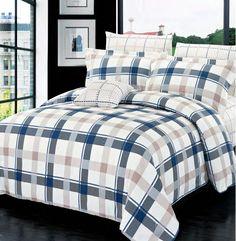 Dans les tons de bleu et blanc aux motifs lignés, la housse Burton est fait de 100 % coton.