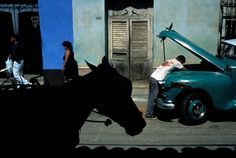 David Alan Harvey  http://pro.magnumphotos.com/C.aspx?VP3=CMS3