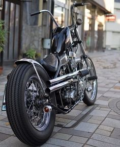 tikitodd: by garagehead_choppers. Chopper motorcycles and custom motorcycles. Sometimes bobbers but mostly choppers, short chops and custom bikes. Inazuma Cafe Racer, Cafe Racer Honda, Cafe Racer Bikes, Harley Bobber, Harley Davidson Chopper, Harley Davidson News, Custom Bobber, Custom Motorcycles, Custom Bikes