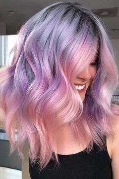 Hair Color 2018 Two-Toned Hair Color Trend ❤️ Dark purple hair: let us discuss the basics at first. This hair color is unnatural, that is, you cannot meet anyone who was born with such hair color. So, to get it, you need to get your hair dy. Dark Purple Hair Color, Cool Hair Color, Pastel Purple Hair, Purple Ombre, Purple Hues, Colorful Hair, Purple Wig, Hair Color Ideas For Dark Hair, Cool Tone Hair Colors
