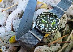 G10 Nato Heavy Nylon Diver's Grey Watch Strap on Seiko SKX007  #womw #wornandwound #seikoskx007 #seikowatches #nato