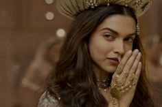 Steal the look: Deepika Padukone's Stunning Jewellery In Bajirao Mastani - BollywoodShaadis.com