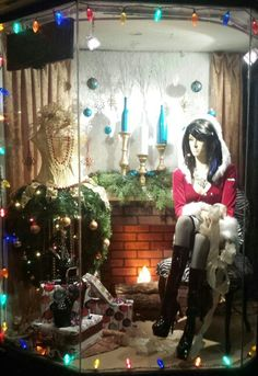 138 Best Christmas Displays With Mannequins Images In 2020