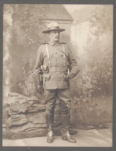 Sam Steele met Robert Baden-Powell  when both were fighting the Boer War in South Africa. In the aftermath of the war, Baden-Powell was involved in organizing the South African Constabulary (S.A.C.) to help return and retain order to the country, and he asked Sam Steele if he would command the S.A.C. in the northern Transvaal. Steele, after securing a secondment from the North-West Mounted Police, agreed to the assignment and served with S.A.C. for over five years.