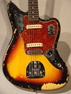 UG Community @ Ultimate-Guitar.Com - The Bizzare/Obscure Guitar Thread