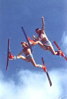 Ski et snowboard pas cher Ski Et Snowboard, Snowboarding, Lange Boots, Mode Au Ski, Vintage Ski Posters, Ski Bunnies, Ski Mountain, Chamonix, Snow Fun