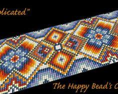 Bead loom bracelet pattern or peyote by TheHappyBeadsCabinet
