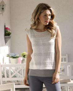 Strik en smuk bluse med netmønster - Hendes Verden