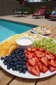 pool-party-fruit-pla