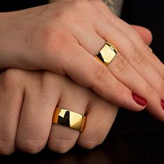 Wide Wedding Bands, Wedding Rings, Bangles, Bracelets, Gold Rings, Rings For Men, Alice, Glamour, Jewellery