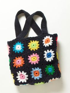 Sanna & Sania: Virka väskan Shoulder Bag, Sewing, Knitting, Pretty, Crafts, Inspiration, Crocheted Bags, Baskets, Colorful