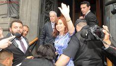 Cristina volvió al Senado: saludó a militantes pero no habló con la prensa