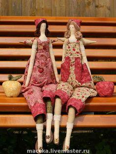 Куклы Тильды ручной работы. Ярмарка Мастеров - ручная работа Тильда Садовница с яблоком. Handmade.