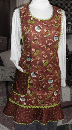 """sewn by Juanita Troyer made from a Taylor Made Designs pattern called """"Retro Aprons"""" using Zippy Java by Sue Zipkin!"""