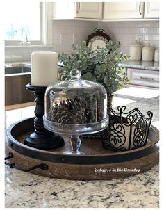 Kitchen Island Centerpiece, Kitchen Countertop Decor, Table Centerpieces For Home, Kitchen Tray, Table Decorations, Cozy Kitchen, Kitchen Ideas, Kitchen Counter Decorations, Decor For Kitchen Island