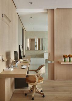 Madeira para aquecer o lar. Veja: http://casadevalentina.com.br/projetos/detalhes/madeira-para-aquecer-o-lar-669 #decor #decoracao #interior #design #casa #home #house #idea #ideia #detalhes #details #style #estilo #casadevalentina #wood #madeira #homeoffice #escritorio #office