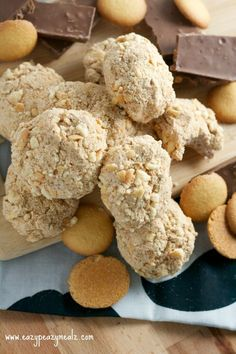 Moms Delicious Dream Balls are some of the best cookies ever! Made with Cool Whip and Nilla wafers, they're crumbly and delicious!