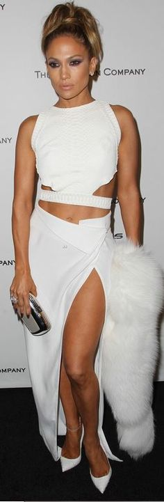 Jennifer Lopez: Dress – Amanda Wakeley  Shoes – Christian Louboutin