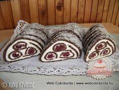 Alap:  50 dkg darált háztartási keksz 3-4 evőkanál kakaópor 20 dkg porcukor 4 evőkanál feketekávé tej az összeállításhoz  Krém:  30 dkg...
