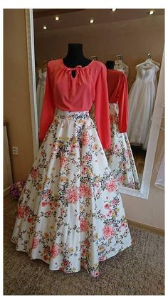 Indian Fashion Dresses, Indian Gowns Dresses, Dress Indian Style, Indian Designer Outfits, Fashion Outfits, Prom Dresses, Long Dress Design, Stylish Dress Designs, Stylish Dresses