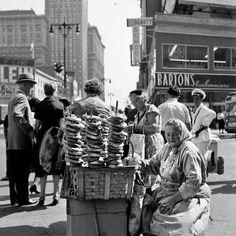 Vivian Maier: September 29. 1959. New York, NY