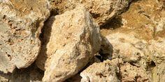 Za prirodni kamen Novi Sad je pravo mesto. Kada je u pitanju prodaja kamena Novi Sad je tržište za nas, jer prirodni dekorativni kamen Novi Sad se traži. Novi Sad