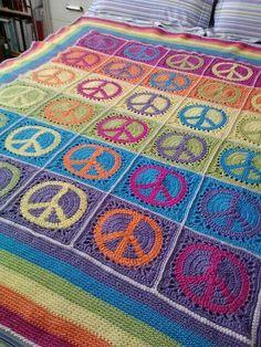 ☮ American Hippie Bohéme Boho Lifestyle ☮ Peace Sign Quilt