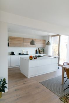 Modern Scandinavian Interior, Interior Design Minimalist, Scandinavian Kitchen, Modern Kitchen Design, Interior Design Kitchen, Home Room Design, Home Decor Kitchen, Home Kitchens, Interior Design Photography