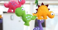 Dinosaur Mobile Childrens Mobile Choose Your Own by FlossyTots Dinosaur Pattern, Cute Dinosaur, Dinosaur Toys, Dinosaur Party, Dinosaur Birthday, Dinosaur Nursery, Die Dinos Baby, Baby Dinosaurs, Felt Crafts