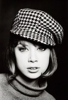 Patti Boyd in her younger MOD days!