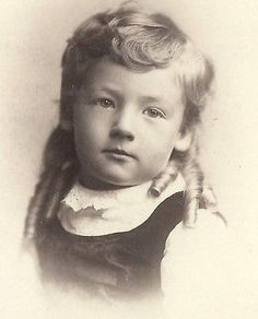 CABINET PHOTO LOVELY LITTLE VICTORIAN GIRL LONG THICK RINGLET CURLS ROCHESTER
