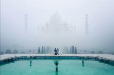 http://experiaonline.com/wp-content/uploads/2014/07/Misty-Tajmahal-by-Karthi-KN-Raveendiran.jpg