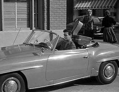 And Jim Lindsay, played by James Best, arrives in style in a Mercedes-Benz 190SL