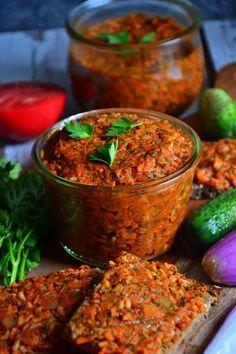 WEGAŃSKI PAPRYKARZ SZCZECIŃSKI   weganon.pl Veg Recipes, Vegetarian Recipes, Healthy Recipes, Healthy Vegan Breakfast, Healthy Eating, Happy Foods, Fermented Foods, I Foods, Clean Eating