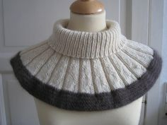Knitted Shawls, Crochet Scarves, Crochet Collar, Knit Crochet, Ruffle Scarf, Loop Scarf, Knitting Accessories, Knitting Stitches, Knit Patterns