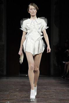 Iris Van Herpen Couture Spring Summer 2012 Paris - NOWFASHION