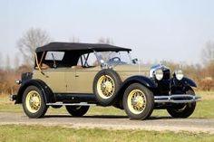 1928 Lincoln Model L - (Lincoln Motor Company, a division of Ford Motor Company, Dearborn, Michigan 1917-present)